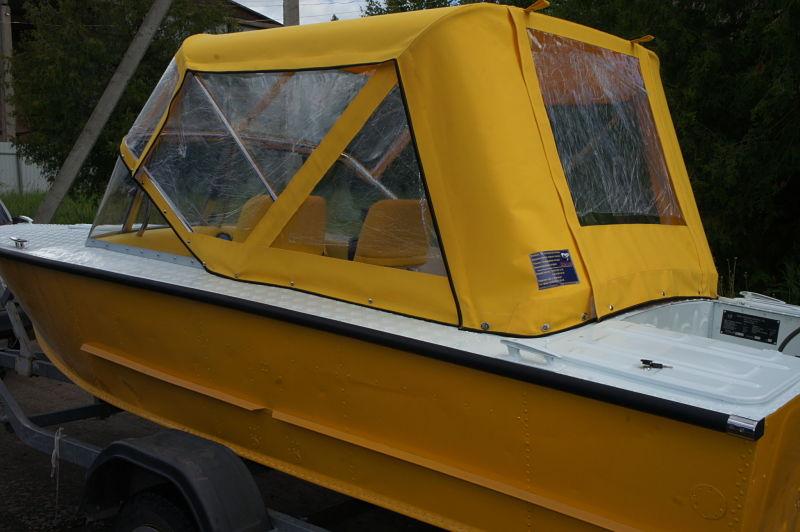 Ходовой тент на лодку и катер цена в компании «МаринЛайн». Ссылка на фотографию: http://marinline.ru/uploads/posts/2018-06/1528915642_hodovyie-tentyi-na-kater-hodovoy-tent-63.jpg