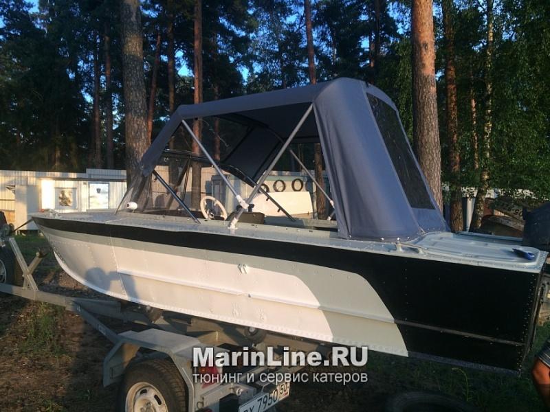 Ходовой тент на лодку и катер цена в компании «МаринЛайн». Ссылка на фотографию: http://marinline.ru/uploads/posts/2018-06/1528915646_hodovyie-tentyi-na-kater-hodovoy-tent-57.jpg