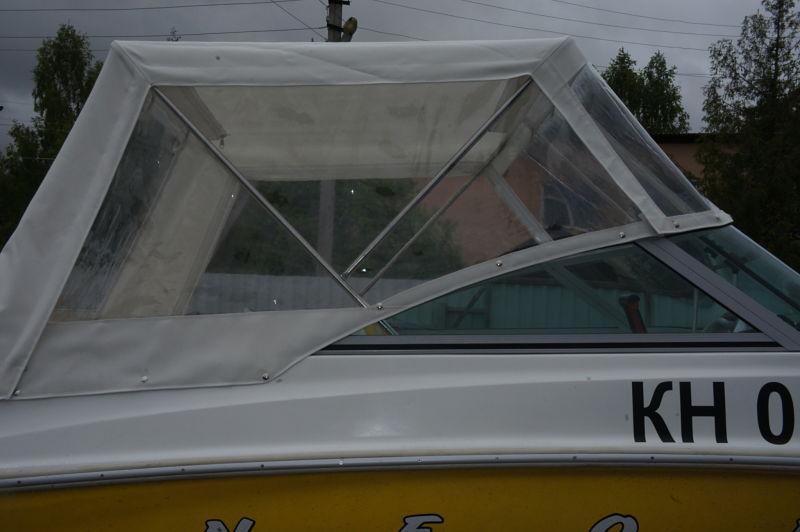 Ходовой тент на лодку и катер цена в компании «МаринЛайн». Ссылка на фотографию: http://marinline.ru/uploads/posts/2018-06/1528915646_hodovyie-tentyi-na-kater-hodovoy-tent-68.jpg