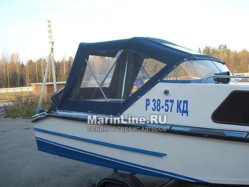 Ходовой тент на лодку и катер цена в компании «МаринЛайн». Ссылка на фотографию: http://marinline.ru/uploads/posts/2018-06/1528915647_hodovyie-tentyi-na-kater-hodovoy-tent-24.jpg