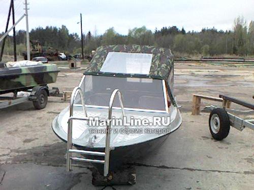 Ходовой тент на лодку и катер цена в компании «МаринЛайн». Ссылка на фотографию: http://marinline.ru/uploads/posts/2018-06/1528915649_hodovyie-tentyi-na-kater-hodovoy-tent-12.jpg