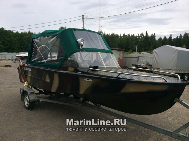 Ходовой тент на лодку и катер цена в компании «МаринЛайн». Ссылка на фотографию: http://marinline.ru/uploads/posts/2018-06/1528915661_hodovyie-tentyi-na-kater-hodovoy-tent-52.jpg
