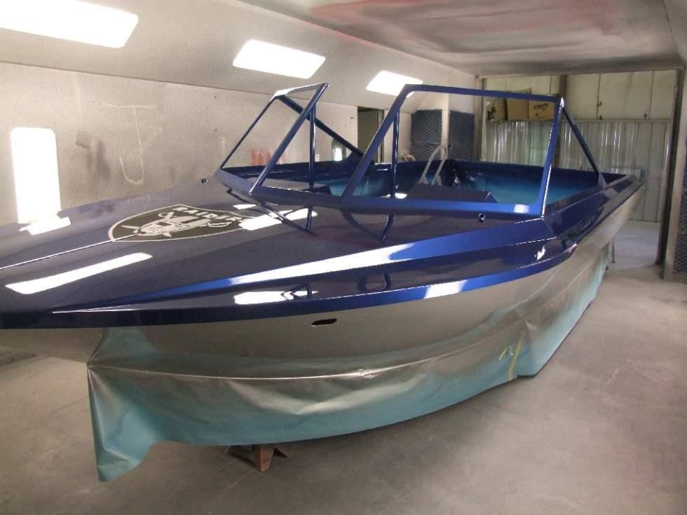 Покраска катера цена в компании «МаринЛайн». Ссылка на фотографию: http://marinline.ru/uploads/posts/2018-06/1529352687_pokraska-katera-1.jpg