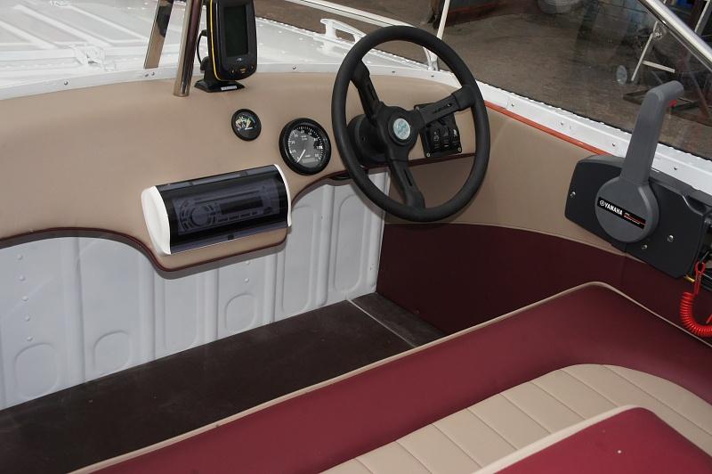 Тюнинг катера «Прогресс» цена в компании «МаринЛайн». Ссылка на фотографию: http://marinline.ru/uploads/posts/2018-06/1529407497_tjuning-katera-progress29.jpg