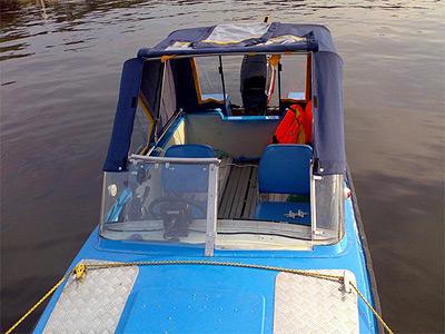Тюнинг катера «Обь» цена в компании «МаринЛайн». Ссылка на фотографию: http://marinline.ru/uploads/posts/2018-06/1529407760_tjuning-katera-ob-v-konakovo-i-moskve-4.jpg