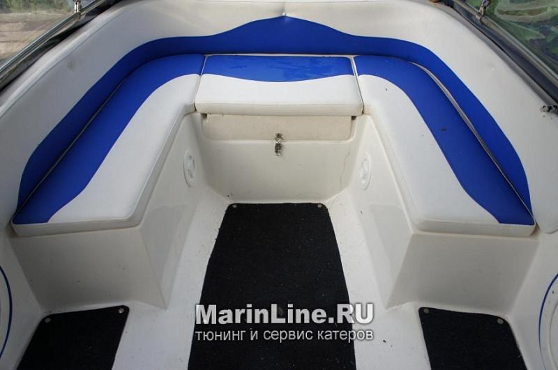 Перетяжка салона катера - отделка интерьера катера цена в компании «МаринЛайн». Ссылка на фотографию: http://marinline.ru/uploads/posts/2018-08/1534156065_otdelka-salona-katera19.jpg