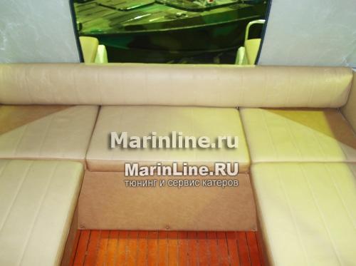 Перетяжка салона катера - отделка интерьера катера цена в компании «МаринЛайн». Ссылка на фотографию: http://marinline.ru/uploads/posts/2018-08/1534156073_otdelka-salona-katera7.jpg