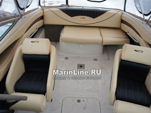 Перетяжка салона катера - отделка интерьера катера цена в компании «МаринЛайн». Ссылка на фотографию: http://marinline.ru/uploads/posts/2018-08/1534156099_otdelka-salona-katera8.jpg
