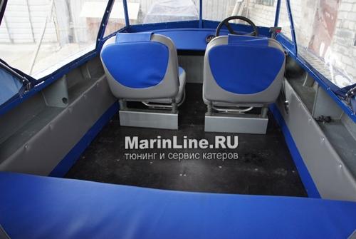 Перетяжка салона катера - отделка интерьера катера цена в компании «МаринЛайн». Ссылка на фотографию: http://marinline.ru/uploads/posts/2018-08/1534156124_otdelka-salona-katera10.jpg