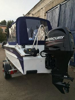 Тюнинг катера «Амур» (Вера) цена в компании «МаринЛайн». Ссылка на фотографию: http://marinline.ru/uploads/posts/2019-01/1548769481_tjuning-katera-amur-vera-6.jpg
